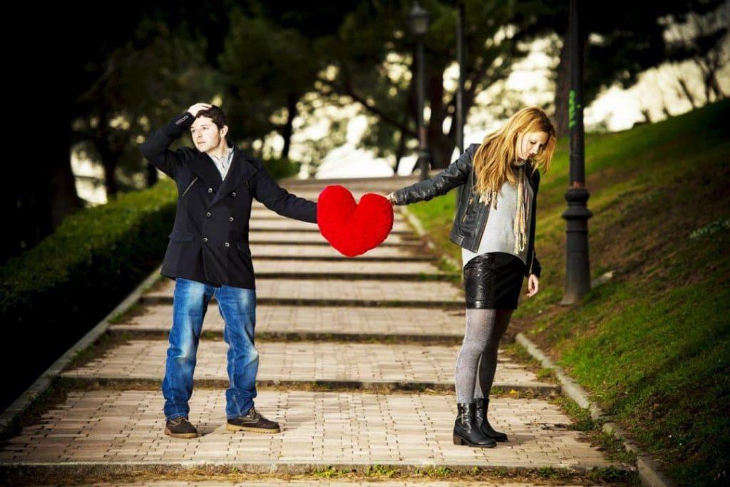 est-ce-la-bonne-personne-Couple-love-beautiful-wallpaper