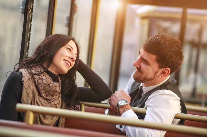 Как завести разговор с незнакомой девушкой